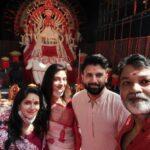 TMC सांसद नुसरत जहां ने दुर्गा पंडाल में पूजा कर किया डांस, अब फतवा का खतरा